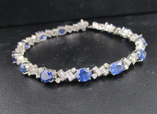 สร้อยข้อมือ ไพลิน เจียร คั่นเพชร Emerald 26/1.04 ct เพชรกุหลาบ 26/0.40 ct  งานทองขาวโบราณ(ปาหะ) นน.