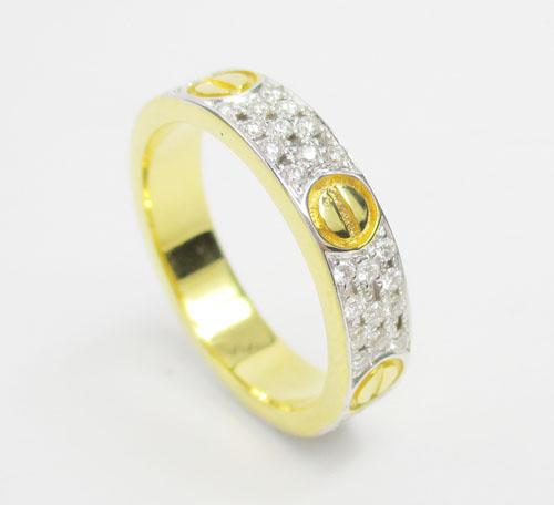 แหวน เพชร 3 แถว ตัดลาย เพชร 66 เม็ด 0.50 กะรัต ทอง18K 2 กษัตริย์ งานสวยมาก นน. 5.40 g 1