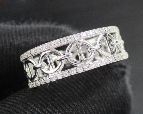 แหวน เพชรฉลุลาย รอบวง เพชร 108 เม็ด 0.33 กะรัต ทอง18K งานสวยมาก นน. 3.23 g