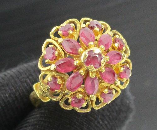 แหวน ทับทิม เจียร กระจุกดอกไม้ ฉลุลายหัวใจ ทอง90 งานสวยมาก นน. 4.70 g