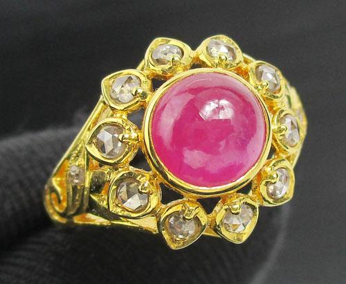 แหวน ทับทิม หลังเบี้ย ทรงบัวคว่ำ ล้อมเพชรซีกลูกโลก ทอง90 งานสวยมาก นน. 5.76 g