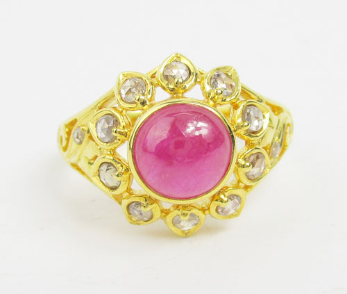 แหวน ทับทิม หลังเบี้ย ทรงบัวคว่ำ ล้อมเพชรซีกลูกโลก ทอง90 งานสวยมาก นน. 5.76 g 1