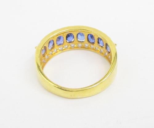 แหวน ไพลิน เจียร ฝังเพชรข้าง 28 เม็ด 0.28 กะรัต ทอง90 งานสวยมาก นน. 4.79 g 2