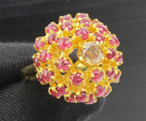 แหวน ทับทิม หลังเบี้ย ยอดเพชรซีก ทรงพุ่ม ทอง90 งานสวยมาก นน. 7.70 g