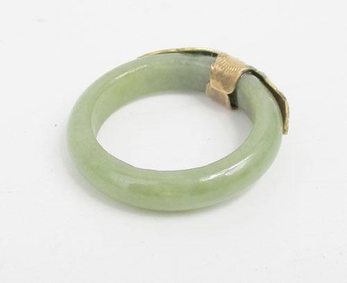 แหวน หยก หน้านาก แกะลาย นาก40 งานสวยมาก นน. 4.12 g 2