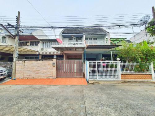 บ้านเช่าเจริญกรุง/บ้านเช่าเจริญกรุง107 ราคาถูก ทาวน์เฮาส์ 4 ห้องนอน ทำเลดีใกล้สี่แยกถนนตก ใกล้ BTS