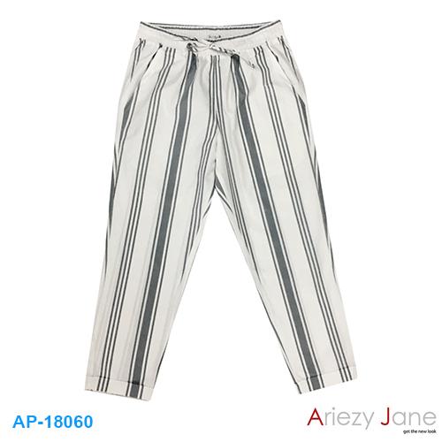กางเกง 7 ส่วน ริ้วเทา ขาว  AP-18060