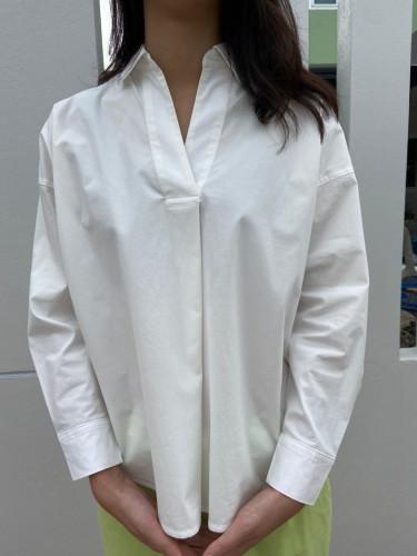 เสื้อเชิ้ตโอเวอร์ไซส์แขนยาวจีบไขว้ตรงอก ผ้าค้อตต้อนสแปนเด็กซ์ AJ-18097