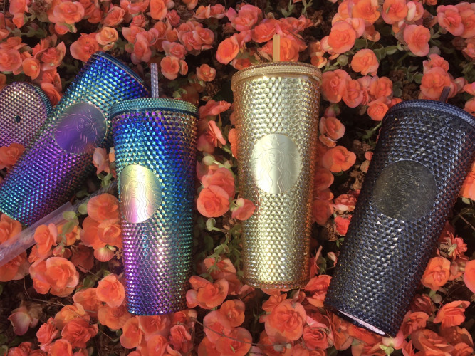 Starbucks 2020 Limited Edition Golden and Gold Iridescent Studded Tumbler with lid and straw 24 oz 6