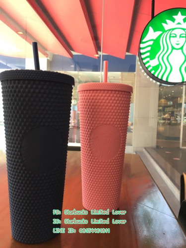 Starbucks 2020 Limited Edition Golden and Gold Iridescent Studded Tumbler with lid and straw 24 oz 9