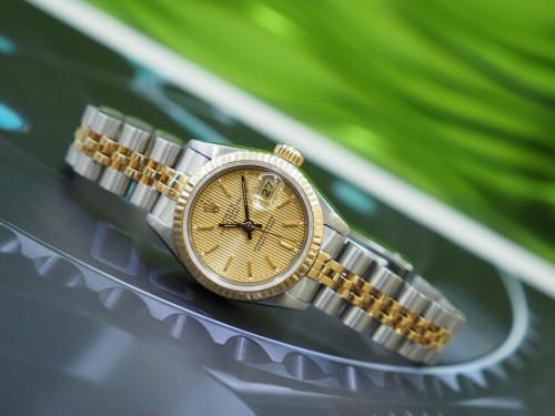 Rolex 69173 หน้าทองลูกฟูกเลขขีด