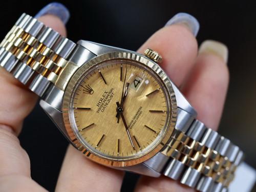 Rolex Date just 16013 ทองลายผ้าเลขขีด