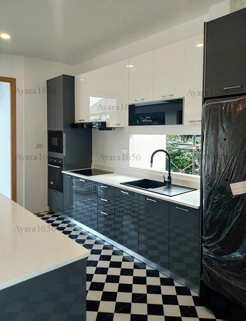 ชุดครัว Built-in โครง HMR หน้าบาน Hi Gloss สีเทาเงา + ขาวเงา 3