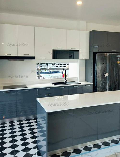 ชุดครัว Built-in โครง HMR หน้าบาน Hi Gloss สีเทาเงา + ขาวเงา 1