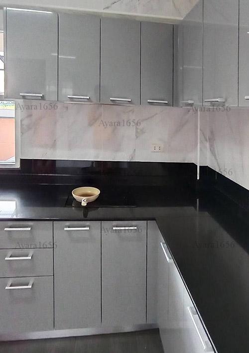 ชุดครัว Built-in โครงซีเมนต์บอร์ด หน้าบาน Hi Gloss สีเทาเงา 3