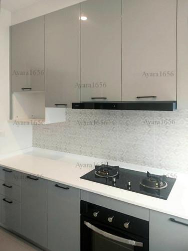 ชุดครัว Built-in โครงซีเมนต์บอร์ด หน้าบาน Hi Gloss สีเทาเงา 2