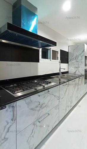 ชุดครัว Built-in โครงซีเมนต์บอร์ด หน้าบาน Laminate สี Calacatta Marble -  ม.The City
