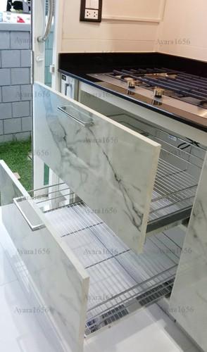 ชุดครัว Built-in โครงซีเมนต์บอร์ด หน้าบาน Laminate สี Calacatta Marble -  ม.The City 4