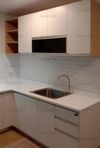 ชุดครัว Built-in โครงซีเมนต์บอร์ด หน้าบาน Melamine สีขาวด้าน - ม.The Trust 2