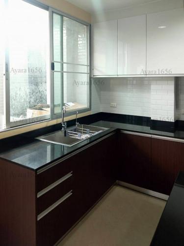 ชุดครัว Built-in โครงซีเมนต์บอร์ด หน้าบาน Melamine สี ES 5022-17 - ม.บ้านกลางกรุง 2