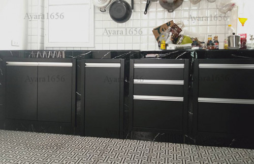 ชุดครัว Built-in โครงซีเมนต์บอร์ด หน้าบาน Hi Gloss สีดำด้าน