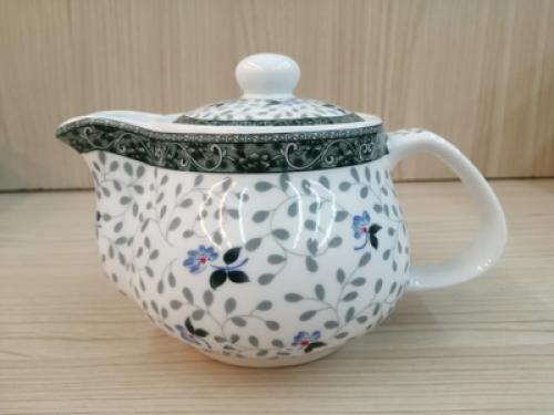 กาน้ำชา ลายดอกไม้เทา[259]