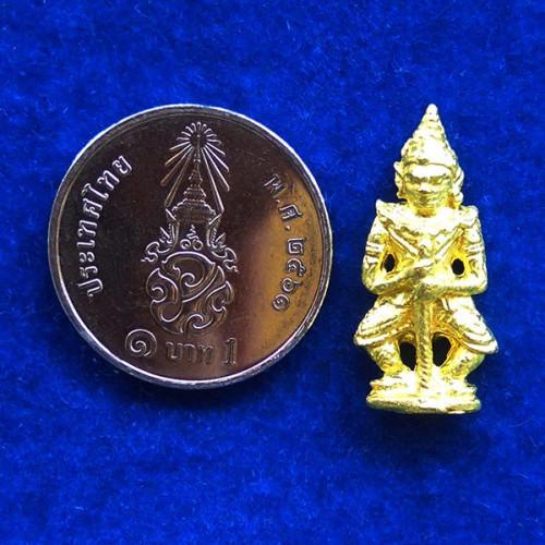 ท้าวเวสสุวรรณ(ท้าวเวสสุวัณ) รุ่นเสาร์ ๕ เนื้อทองทิพย์ องค์เล็ก พระเครื่อง วัดสุทัศนฯ ปี 2555 2