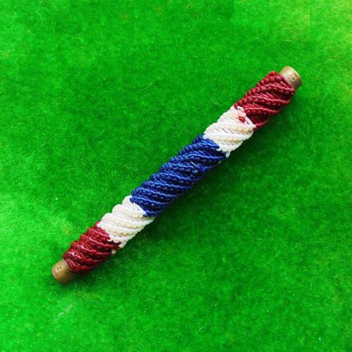 ตะกรุดโสฬสมงคล มีโค้ด จารมือ เต็มสูตร แช่น้ำมนต์ ลายสีธงชาติ รุ่นแรก พระอาจารย์แว่น วัดสะพานสูง