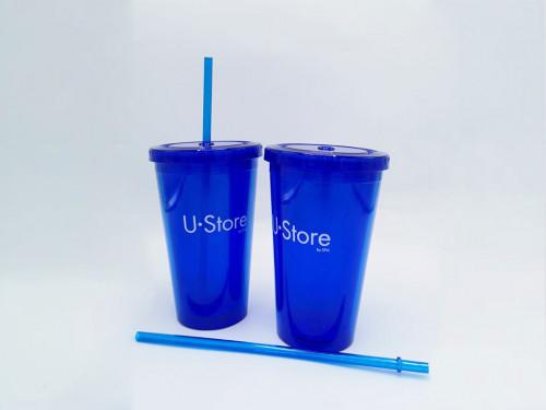 แก้วพลาสติกพร้อมหลอด