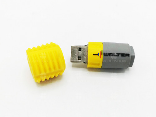 รับทำพรีเมี่ยมแฟลชไดร์ฟยางPVC 3D ตามออร์เดอร์_Copy