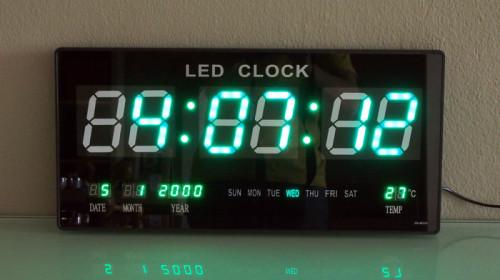 นาฬิกาแขวนผนังระบบ LED (Green LED Calendar Wall Clock JH4622G)