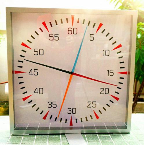 P-60 V.2 Pace Clock  นาฬิกาจับเวลาสำหรับสระว่ายน้ำ