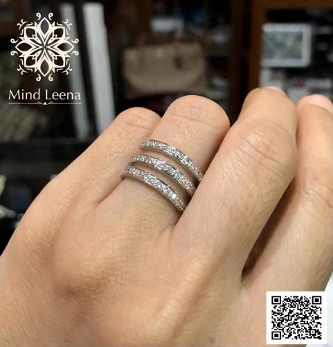 แหวนเพชรแถว 3 แถวเพชรแท้เบลเยี่ยมน้ำหนักรวมประมาณ 0.49 cts.