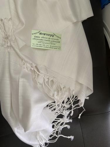 ผ้าคลุมไหล่แม่ชี  ผ้าบางเบา ซักง่ายแห้งไว คลุมไหล่ได้ยาว + หมวกไหมพรมถักมือ กันหนาว 4