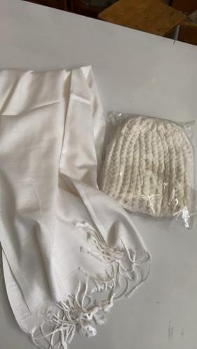 ผ้าคลุมไหล่แม่ชี  ผ้าบางเบา ซักง่ายแห้งไว คลุมไหล่ได้ยาว + หมวกไหมพรมถักมือ กันหนาว 9