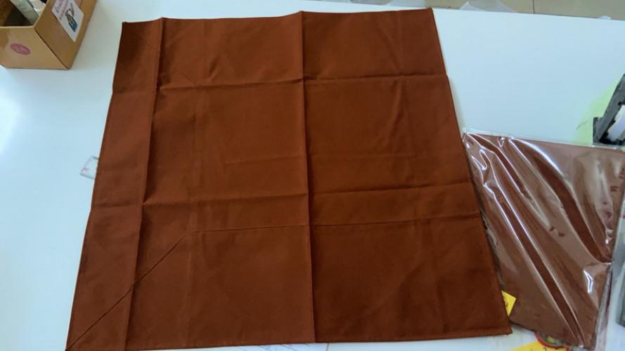 ผ้านิสีทนะ สะพานบุญ  ( ผ้ารองนั่ง พระป่า ขนาด 25 นิ้ว ) กันฝนได้ 2