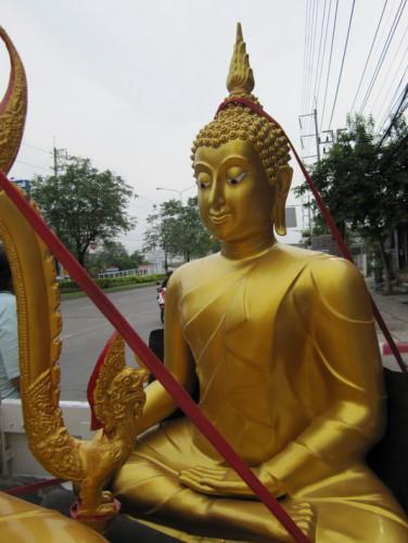 พระพุทธชินราช พระพุทธรูป  ขนาดหน้าตัก 40 นิ้ว  มีงานหลายเกรด  ( ทองเหลืองแท้ / อัลลอยด์ / ไฟเบอร์ ) 4
