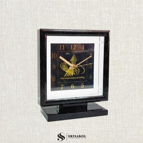 นาฬิกาตั้งโต๊ะ สี่เหลี่ยม สีดำ  รหัส A2104-17C