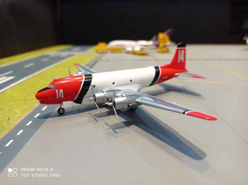 HW570954 1:200 Aero Union C-54 Air Tanker N62297/14 [ Width 19 Length 15 Height 6 cms ]