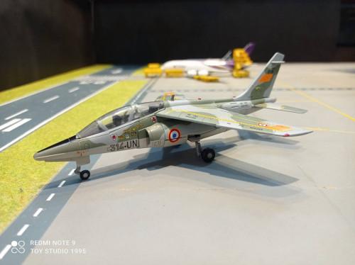 HW580458 1:72 French AF Alpha Jet E Christian Martell 314-UN [Width 13 Length 17 Height 6.5 cms.]
