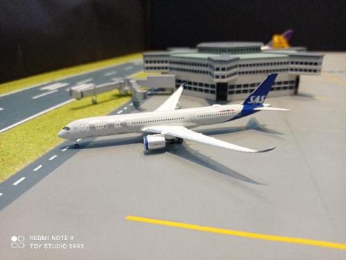 HW534406 1:500 SAS A350-900 Ingegerd Viking SE-RSA [Width 13 Length 12.5 Height 3.5 cms.]