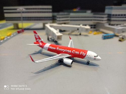 HW534215 1:500 Air Asia Japan A320 JA01DJ [Width 7 Length 7.5 Height 2.5 cms.] 1