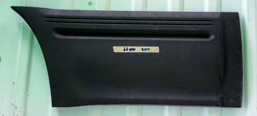 กาบพลาสติคประตูหลังขวา แลนด์โรเวอร์ ฟรีแลนเดอร์ 2001-2003