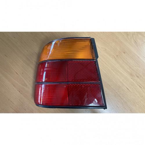 BMW E34 ไฟท้ายซ้ายแท้  ส้มแดง