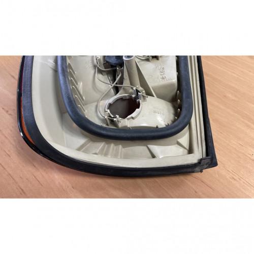 BMW E34 ไฟท้ายซ้ายแท้  ส้มแดง 3