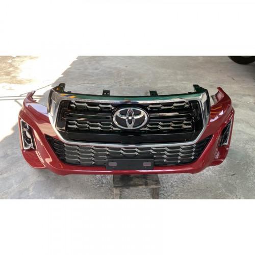 TOYOTA REVO  2.8 4WD กันชนหน้า พร้อมหน้ากระจัง และไฟตัดหมอก แท้ทั้งชุด จากรถปี 2018 ตอนป้ายแดง