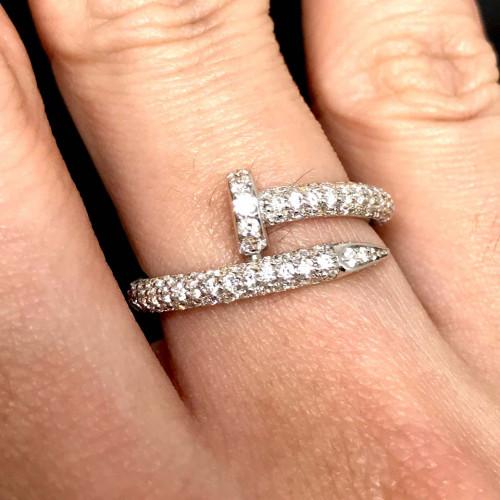 แหวนตะปูประดับเพชรแท้ ตัวเรือนทองขาว ประดับเพชร 85 เม็ดรวมน้ำหนัก 0.65 กะรัต ทอง 18k white gold 4